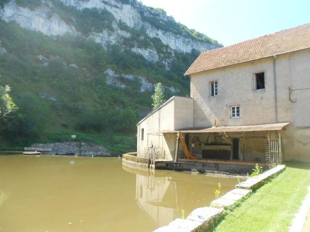 Watermolen bij Marcilhac-sur-Célé. Er is daar een restaurant te koop...
